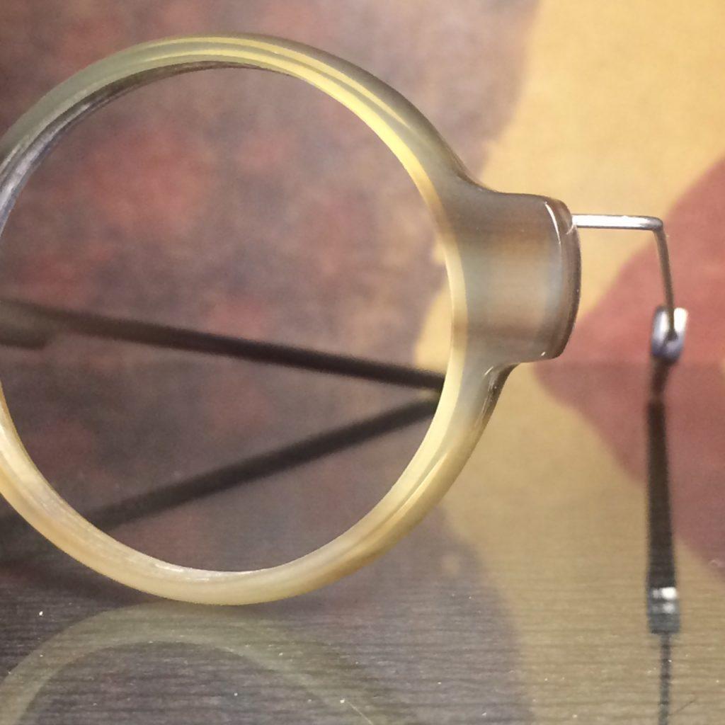 handgemachte büffel horn brille.